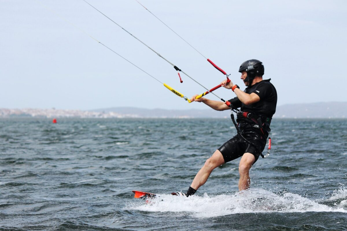 Punta Trettu in Sardinia: Perfect kite beach for learning how to kitesurf! Learn Kitesurfing in Punta Trettu