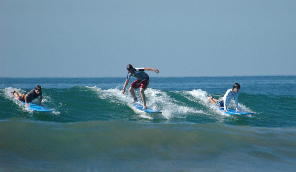 Surfing Sardinia: Surf School in Punta Trettu Sardinia. Book your Surf Cours, Enjoy Surfing in Southern Sardinia
