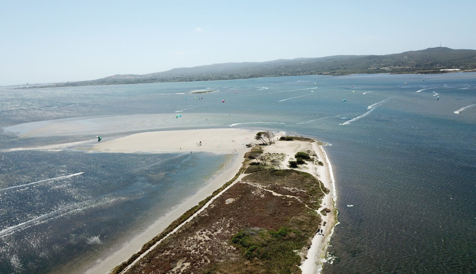 Punta Trettu, the perfect kite Spot in Sardinia with flat and shallow water